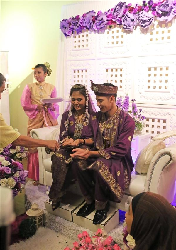 """""""Lễ cưới"""" của nam diễn viên Con ma nhà họ Vương được tổ chức theo phong tục truyền thống Malaysia - Tin sao Viet - Tin tuc sao Viet - Scandal sao Viet - Tin tuc cua Sao - Tin cua Sao"""