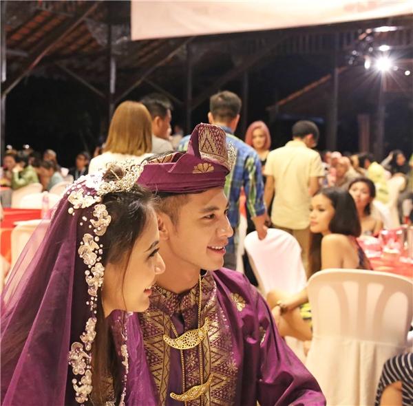 """Cận cảnh nét đẹp điển trai của """"chú rể""""Hồ Vĩnh Khoa trong trang phục truyền thống Malaysia. - Tin sao Viet - Tin tuc sao Viet - Scandal sao Viet - Tin tuc cua Sao - Tin cua Sao"""