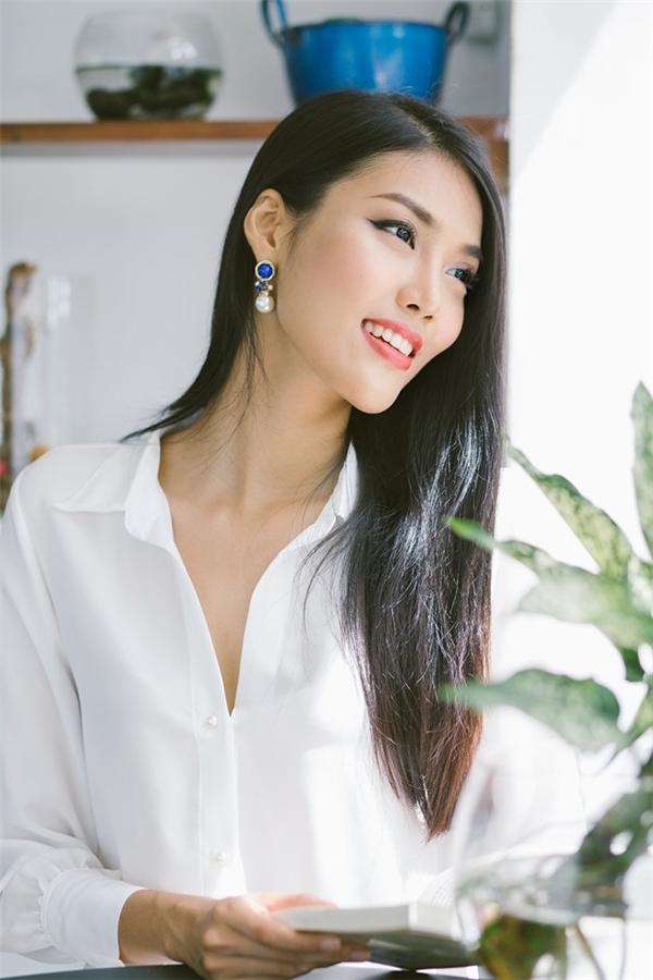 Ngày 20/11 Lan Khuê sẽ chính thức lên đường sang Trung Quốc để tham gia cuộc thi Miss Worlds 2015. - Tin sao Viet - Tin tuc sao Viet - Scandal sao Viet - Tin tuc cua Sao - Tin cua Sao