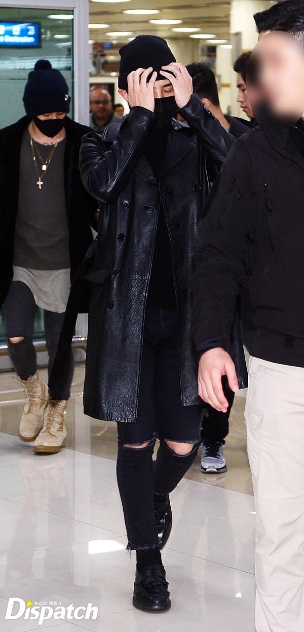 G-Dragon gây ấn tượng khi trùm kín mặt tại sân bay
