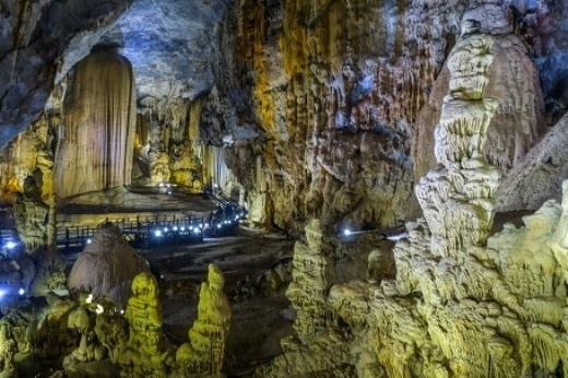 Quần thể hang động kì bí, siêu đẹp của Vườn quốc gia Phong Nha - KẻBàng...(Ảnh: Buzzfeed)