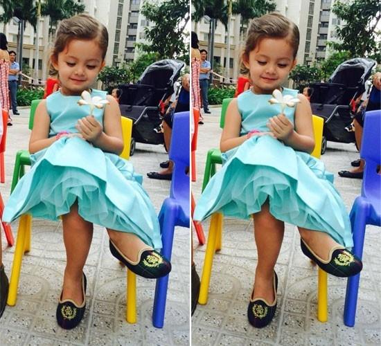 Càng lớn, vẻ điệu đà của cô công chúa nhà Hồng Nhung ngày càng đáng yêu. - Tin sao Viet - Tin tuc sao Viet - Scandal sao Viet - Tin tuc cua Sao - Tin cua Sao