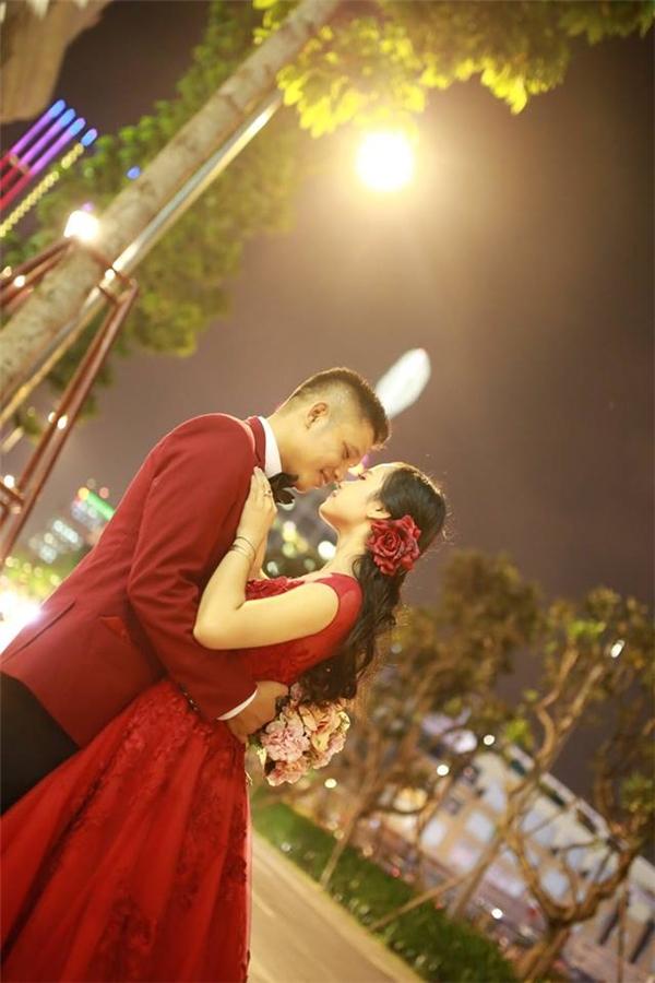 Chuyện tình lãng mạn của cặp đôi thầy trò hơn nhau 13 tuổi