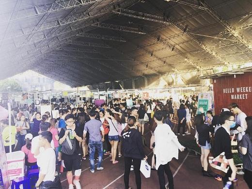Bùng nổ cuối tuần với Hello Weekend Market