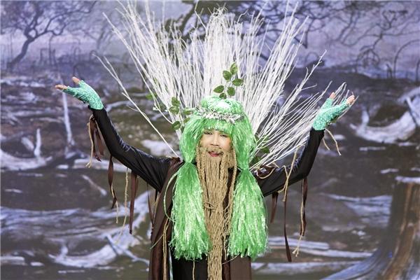 Bằng tài biến hóa đa dạng của mình trong vai một vị thần cây, Huỳnh Lập đã khiến khán giả chìmđắm trong từng cung bậc cảm xúc nhân vậtmà anh mang lại. - Tin sao Viet - Tin tuc sao Viet - Scandal sao Viet - Tin tuc cua Sao - Tin cua Sao