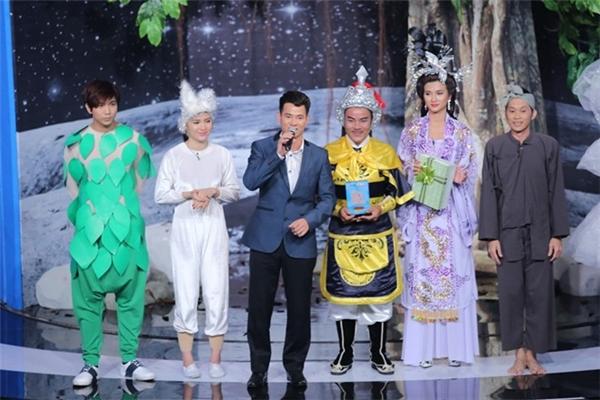 Hoài Linh muốn lạy khách mời của Ơn giời, cậu đây rồi - Tin sao Viet - Tin tuc sao Viet - Scandal sao Viet - Tin tuc cua Sao - Tin cua Sao