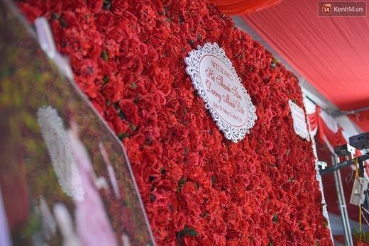 Hà Min hạnh phúc rạng ngời trong đám cưới toàn màu đỏ
