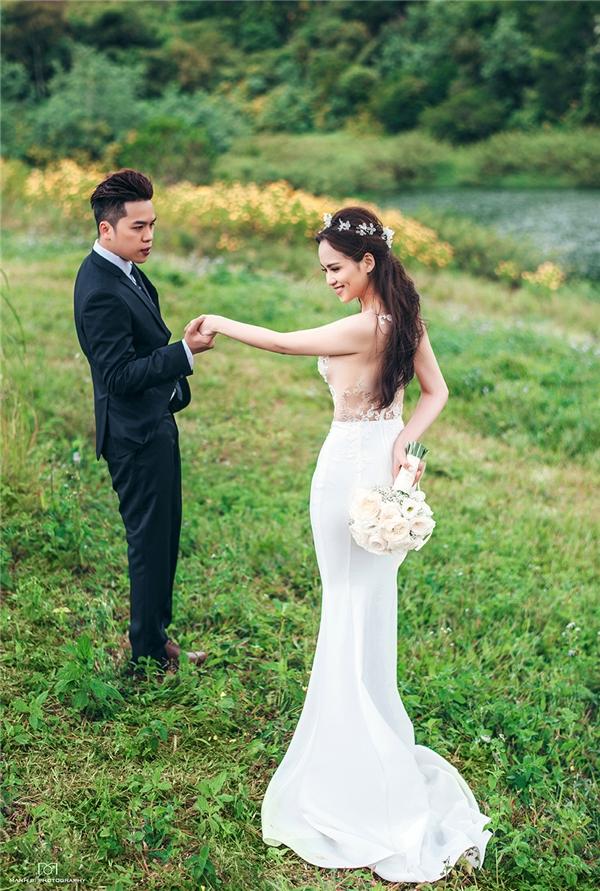 Bộ ảnh cưới như món qùa đặc biệt của vợ chồng Diễm Hương gửi tặng người hâm mộ đã ủng hộ, yêu thương cặp đôi trong suốt thời gian qua. - Tin sao Viet - Tin tuc sao Viet - Scandal sao Viet - Tin tuc cua Sao - Tin cua Sao