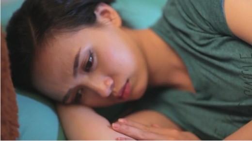 Những xung đột nảy sinh khiến cả hai vợ chồng buồn bã.