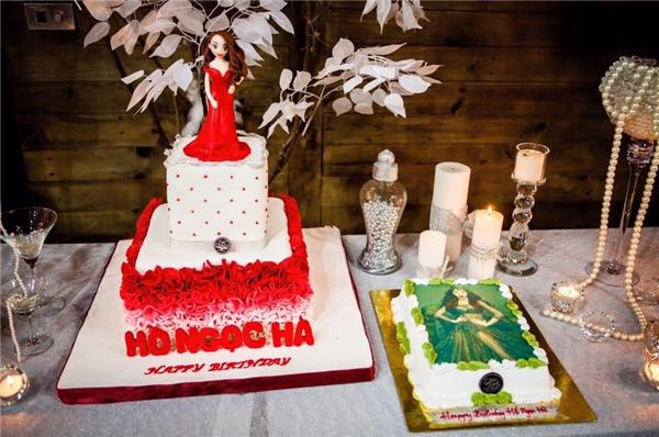 Hai chiếc bánh sinh nhật với hình ảnh của Hồ Ngọc Hà. - Tin sao Viet - Tin tuc sao Viet - Scandal sao Viet - Tin tuc cua Sao - Tin cua Sao