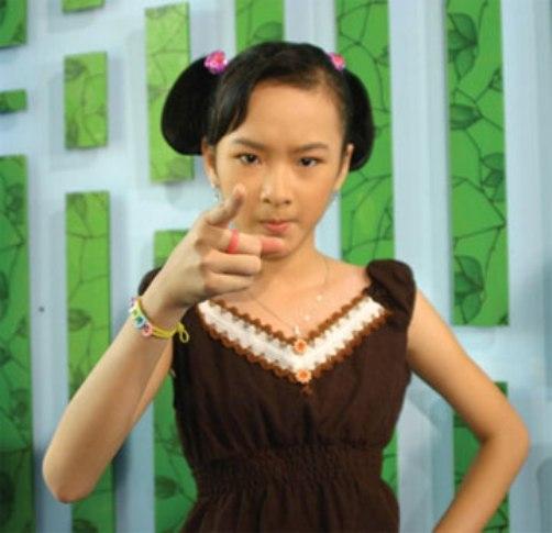 Angela Phương Trinh và vai diễn đầu đời trong Bà mẹ nhí. - Tin sao Viet - Tin tuc sao Viet - Scandal sao Viet - Tin tuc cua Sao - Tin cua Sao