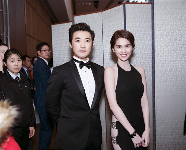 Ngọc Trinh tươi tắn bên nam diễn viênAhn Jea Wook. - Tin sao Viet - Tin tuc sao Viet - Scandal sao Viet - Tin tuc cua Sao - Tin cua Sao