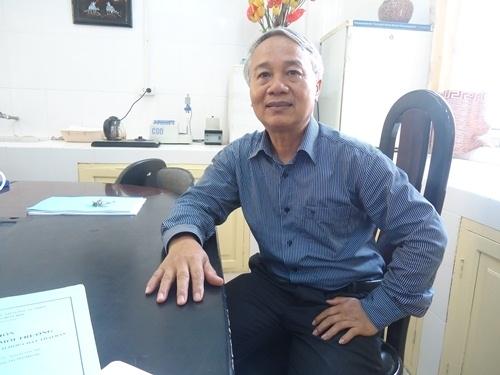 PGS.TS Trần Hồng Côn.