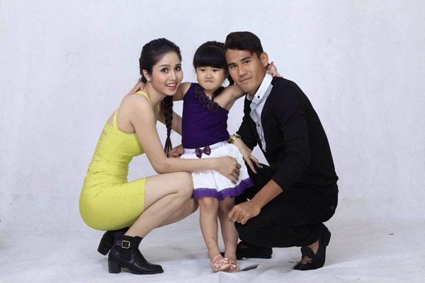 Gia đìnhThanh Bình - Thảo Tranglà hình mẫu lítưởng của nhiều bạn trẻ.(Ảnh: Internet)