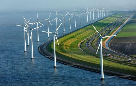 Đường cao tốc và tua-bin gió ở Hà Lan. (Ảnh: Internet)