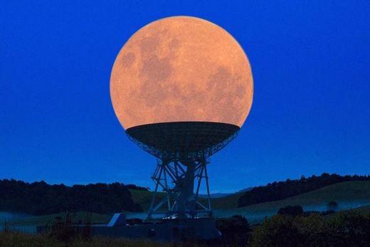 """Khi """"siêu mặt trăng"""" kết hợp với kính thiên văn. (Ảnh: Internet)"""