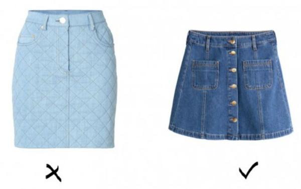 1. Váy denim: Váy ngắn chất liệu denim rất hiệu quả trong việc tôn dáng cho bạn gái. Tuy nhiên, bạn cần tránh những chiếc váy ôm sát đùi vì chúng sẽ khiến đôi chân của bạn càng ngắn. Thay vào đó hãy chọn váy chữ A lưng cao để giúp đôi chân trông dài hơn.