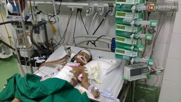 Hiện tình trạng sức khỏe của bé Võ Thị Cẩm Tú vẫn chưa tiên lượng được.