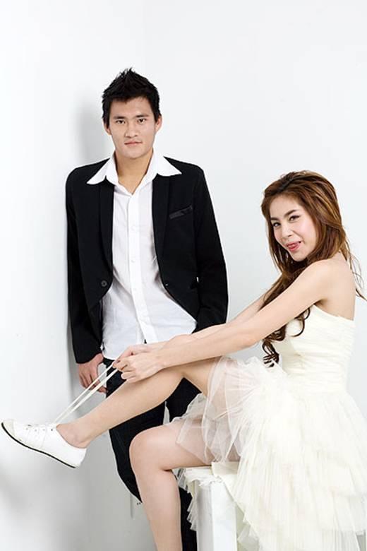 Bộ ảnh chụp cho tạp chí teen của cặp đôi này. (Ảnh: Internet)