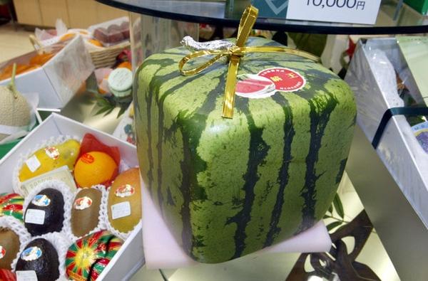 Thứ quả đặc sản ở Nhật Bản được bán rất nhiều trong các chuỗi siêu thị vì sự độc đáo và sáng tạo của mình.