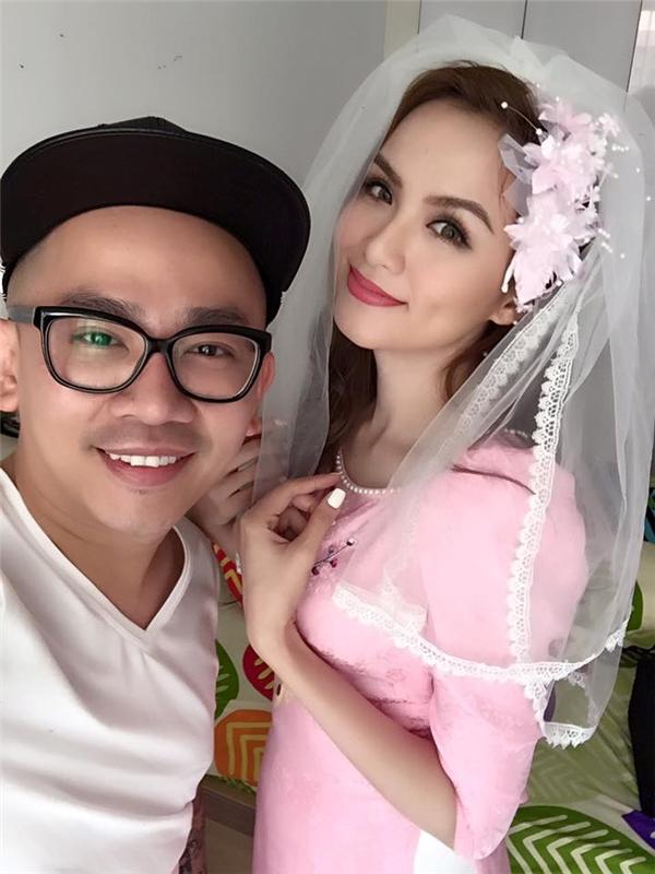 Trang phục cưới nhẹ nhàng, thanh khiết của hoa hậu Diễm Hương