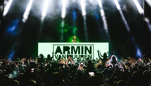 Armin van Buuren hiện đang là một trong những cái tên được đón chờ nhất tại nhiều lễ hội lớn trên toàn thế giới.