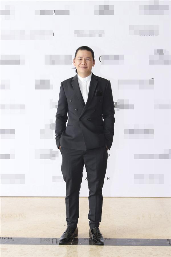 Nhà thiết kế Hoàng Minh Hà