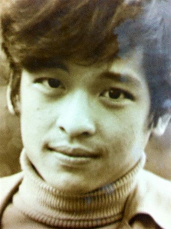 Thanh Bạch từng kết hôn với nghệ sĩ Xuân Hương, cô học chung với anh (dưới một khóa) tại Khoa tạp kĩ sân khấu của trường Đại học Sân khấu Lunatsaxki. - Tin sao Viet - Tin tuc sao Viet - Scandal sao Viet - Tin tuc cua Sao - Tin cua Sao