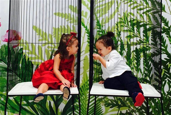 Những cặp anh trai - em gái làm điên đảo cộng đồng mạng