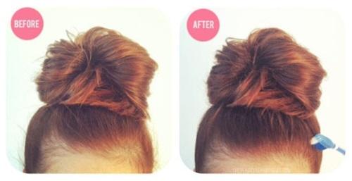 2. Tóc con mất trật tự: Những sợi tóc con mới mọc không vào nếp sẽ khiến bạn gặp khó khăn khi làm tóc. Hãy xử lý chúng nhanh gọn bằng cách xịt một chút gel xịt tóc lên bài chải cũ rồi chải lên chúng.