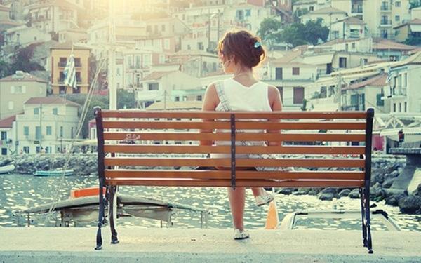 Chuyện gì xảy ra sau khi con gái quay lại với cuộc sống độc thân?