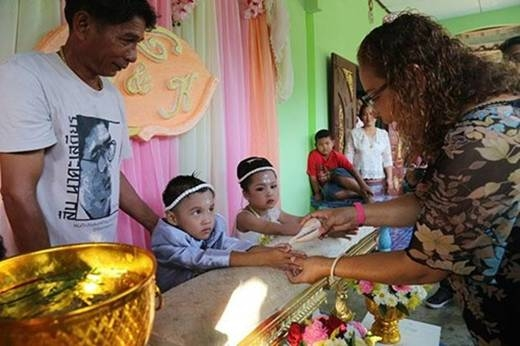 Đám cưới của cặp đôiPannawit - Panthita4 tuổitại Thái Lan cách đây không lâu. (Ảnh: Internet)