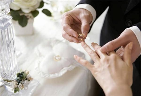 Ông chủ cho hay tiêu chí nhà hàng là chỉ tổ chức cho những cặp đôi không bao giờ phản bội nhau.