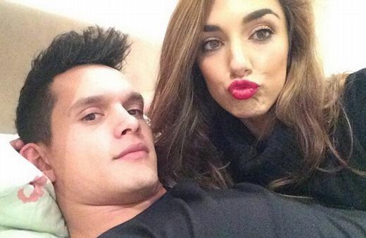 Cầu thủ điển-trai-nhất-châu-Á lấy vợ xinh như hoa hậu khiến fan tiếc-hùi-hụi
