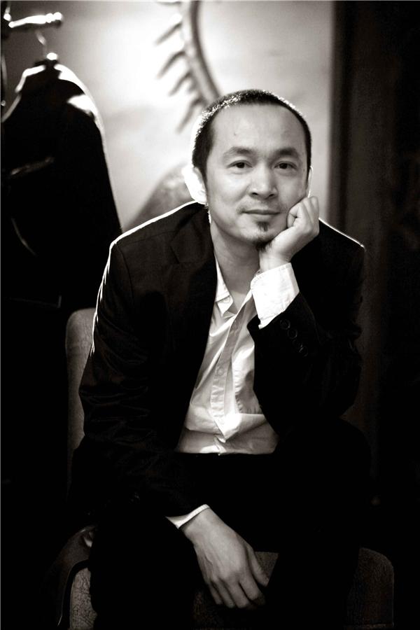 Với sự tái ngộ hoành tráng trong một chương trình nghệ thuật được xây dựng chu đáo dưới bàn tay của nhạc sĩ Quốc Trung,Nguồn cội - The Roots hứa hẹnsẽ là một đêm nhạctuyệt vời, đầy cảm xúc. Đâylà món quà âm nhạc vô cùng có ý nghĩa mà ê-kípdànhcho những người yêu âm nhạc vào dịp cuối năm. - Tin sao Viet - Tin tuc sao Viet - Scandal sao Viet - Tin tuc cua Sao - Tin cua Sao