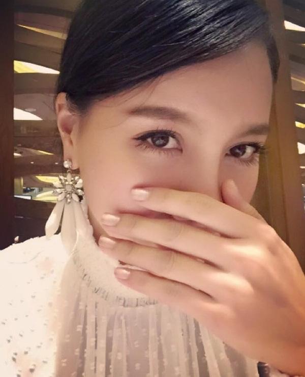 MC Minh Hà - nhân vật được cho là người thứ ba xen vào cuộc tình đẹp của Chí Nhân - Thu Quỳnh. - Tin sao Viet - Tin tuc sao Viet - Scandal sao Viet - Tin tuc cua Sao - Tin cua Sao