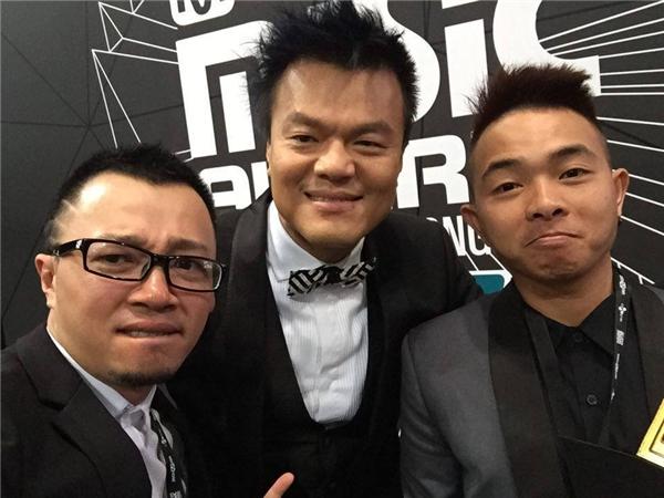 Phúc Bồ bất ngờ ẵm giải thưởng tại MAMA 2015 - Tin sao Viet - Tin tuc sao Viet - Scandal sao Viet - Tin tuc cua Sao - Tin cua Sao