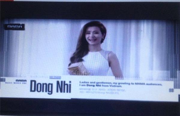 Đông Nhi nhận giải trên sân khấu MAMA 2015. - Tin sao Viet - Tin tuc sao Viet - Scandal sao Viet - Tin tuc cua Sao - Tin cua Sao