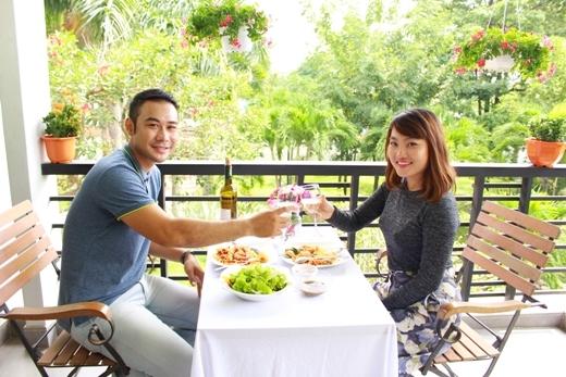 Tuyệt chiêu hâm nóng tình cảm vợ chồng của Ốc Thanh Vân