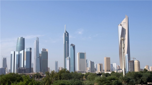 20. Tháp Al Hamra ở Thành phố Kuwait cao gần 413 m.
