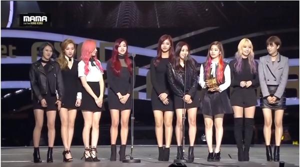 Twice bất ngờ đạt giải tân binh, Big Bang, EXO thắng lớn tại MAMA 2015