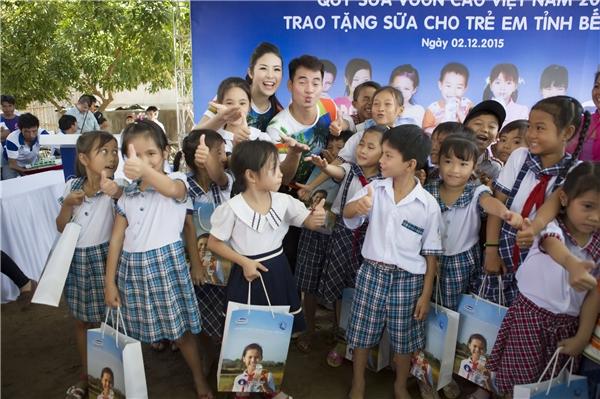Lan Khuê tự tin đánh bật thí sinh nước chủ nhà Trung Quốc - Tin sao Viet - Tin tuc sao Viet - Scandal sao Viet - Tin tuc cua Sao - Tin cua Sao