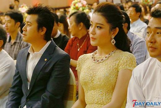 Tham dự buổi họp báo này cùng Huyền My còn có nam diễn viên Nay Toe - Tin sao Viet - Tin tuc sao Viet - Scandal sao Viet - Tin tuc cua Sao - Tin cua Sao