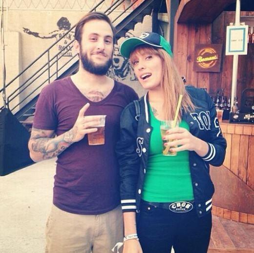 Baris cùng bạn gái. (Ảnh: Instagram)