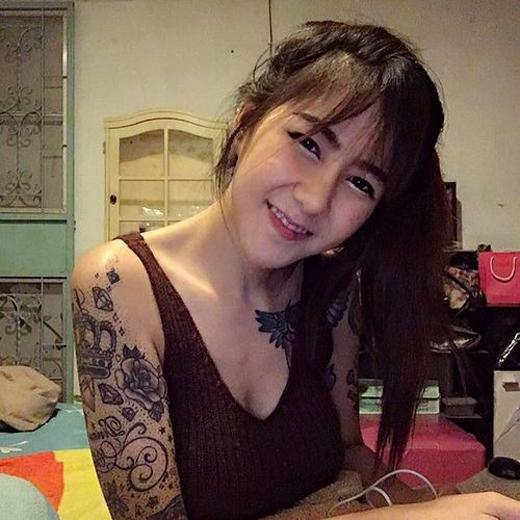Hot girl gây sốt với vẻ đẹp thiên thần và cá tính táo bạo