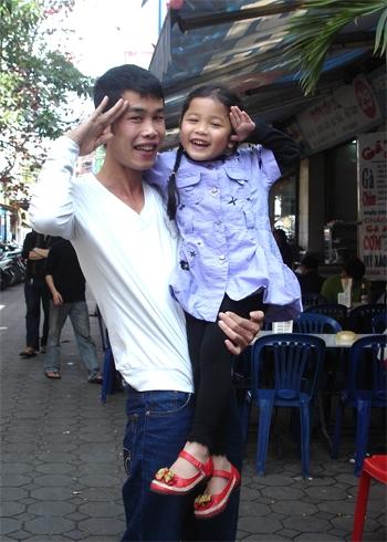 Chuyện làm bố đơn thân của diễn viên hài nhiều vợ nhất nhì showbiz - Tin sao Viet - Tin tuc sao Viet - Scandal sao Viet - Tin tuc cua Sao - Tin cua Sao