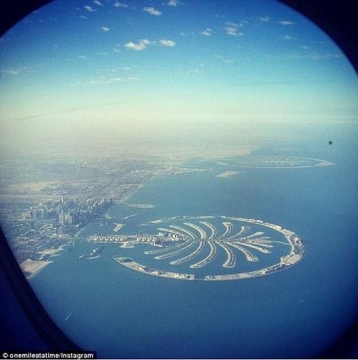 Đầu năm nay, Schlappig quá cảnh ở Dubai và chụp tấm ảnh này ngay sau khi cất cánh tiếp tục hành trình.(Ảnh: Internet)