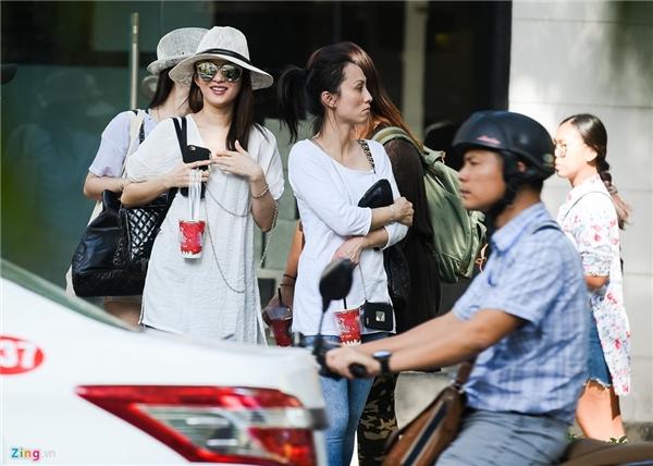 Mĩ nhân Trương Thiều Hàm bất ngờ xuất hiện ở Việt Nam