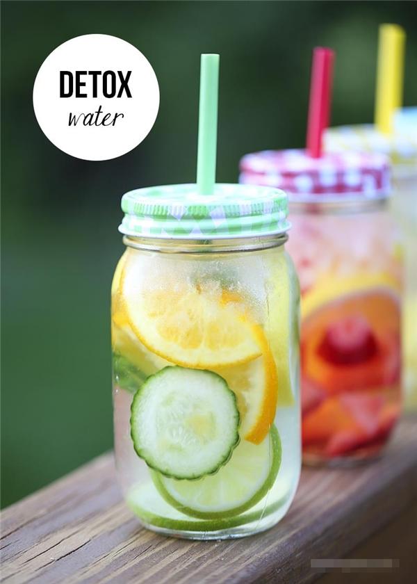 Công thức chế biến nước uống thanh lọc cơ thể cực kì đơn giản