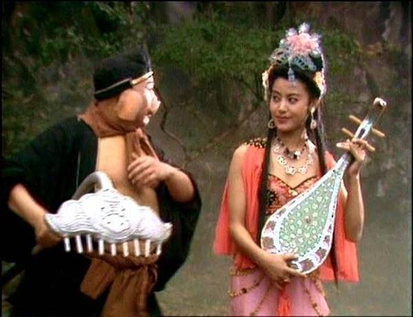 Nhị đồ đệ của Đường Tăng nổi tiếng... vô dụng và hám gái.